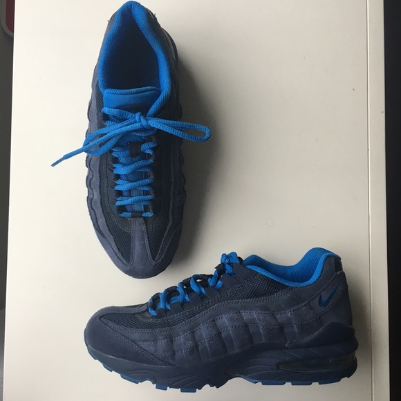 40cb17cf00b3 Nike Air Max 95 QS GS Size Boys Youth 6 Women 7.5.  M 5ab2998584b5ce60d44e8b0e